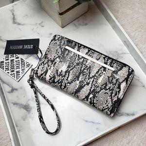 Steve Madden Black Snakeskin Print Wristlet Wallet